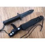 Cuchillo modelo SURVIVOR. Kit de Supervivencia